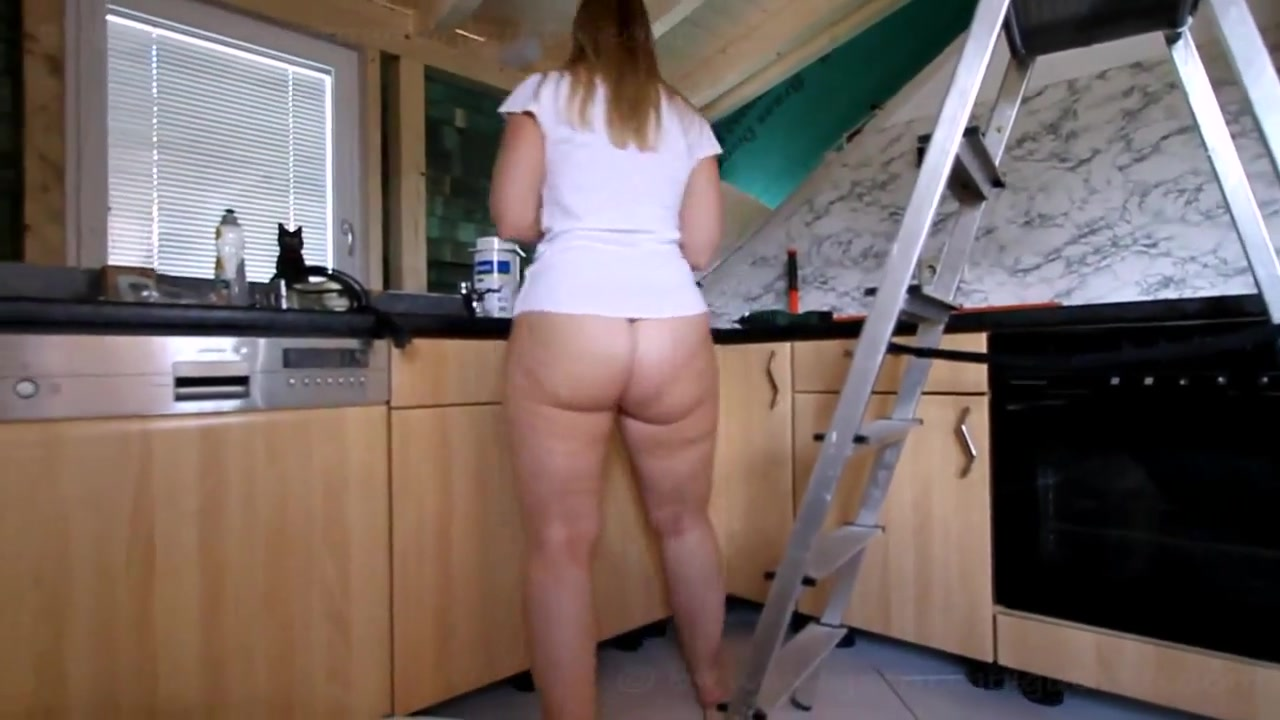 Huge Donk Pawg Cleansing The Kitchen Bottomless