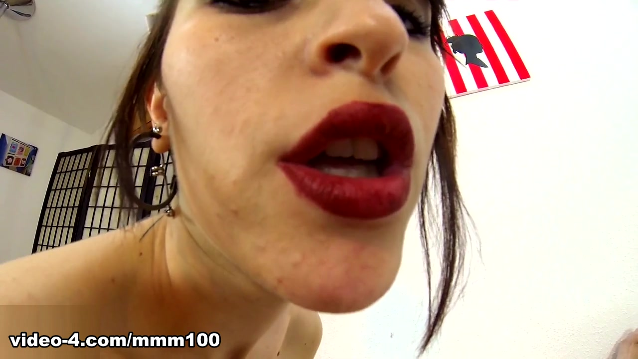 Nerea Falco In Nice Handsome Gal Doing Hand-job And Blow-job Whilst Smoking – Mmm100